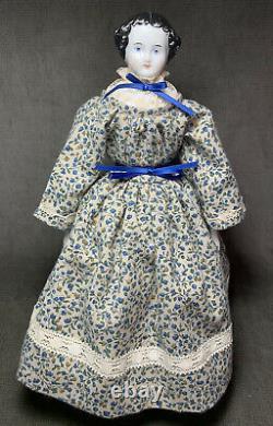 2 Vintage Antique Porcelain China Head Flat Top Dolls