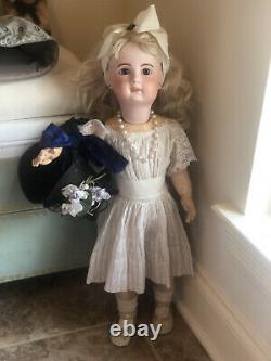 21 ANTIQUE FRENCH BEBE JUMEAU BISQUE DOLL, Vtg Porcelain Jointed Compo Body