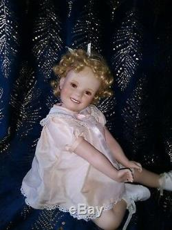 4 Vintage Shirley Temple Dolls. Rare 36/ 26/ 16 and a porcelain. Will divide