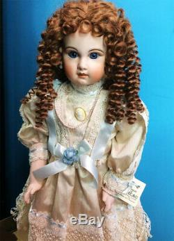 ANTIQUE REPRODUCTION TETE JUMEAU 28 in PORCELAIN DOLL PATRICIA LOVELESS NRFB