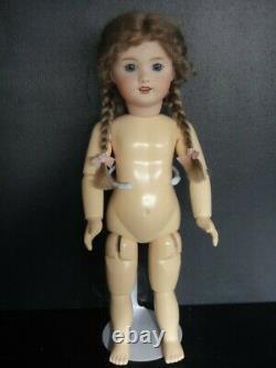BLEUETTE Reproduction porcelain doll. 11 Mold UNIS301 Blue eyes 27 cm