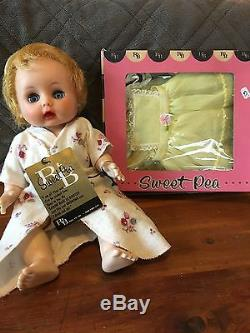 Collector Items! Vintage NWT Arranbee R&B Sweet Pea Drink Wet Doll & Clothing
