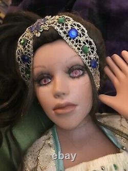 Florence Maranuk Doll JacendraPorcelain 140/1500 2007 Award Show Stoppers NEW