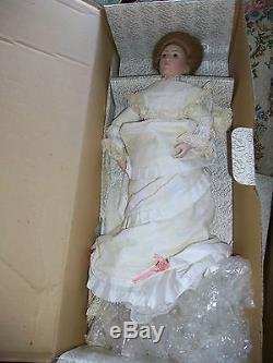Franklin Mint Heirloom Gibson Girl Bride Porcelain Doll VINTAGE