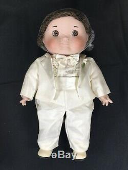 Goebel Ball Dolly Dingle & Billie Bumps Bride & Groom Porcelain Dolls Musical