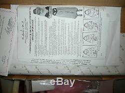 I Dream Of Jeannie Porcelain Portrait Doll The Danbury Mint 1999 New