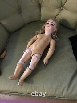 JUMEAU ANTIQUE PHONOGRAPH DEPOSE PORCELAIN Doll