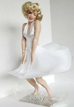Marilyn Monroe Franklin Heirloom Seven Year Itch Doll Porcelain Vintage