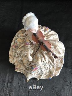 Porcelain Capodimonte, Collezione Fabris, Vintage Lady Violinist Figurine Doll