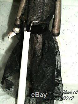 RARE ANTIQUE 1920's FLAPPER BLACK LACE DRESS BISQUE PORCELAIN CLOTH DOLL