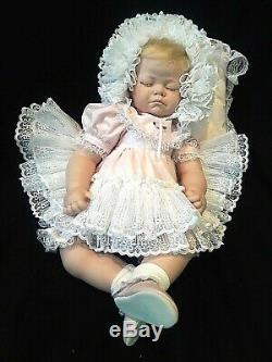 RARE Vintage 1992 Realistic Porcelain/Cloth Sleeping Baby Doll By Wanda Pogue
