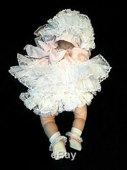 RARE Vintage 1992 Realistic Porcelain/Cloth Sleeping Baby Doll By Wanda Pogue