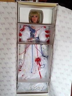 RUSTIE VINTAGE LIBERTY COA #203/1000 33 inch porcelaine doll