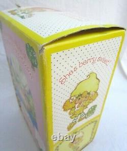 Rare. Danbury Mint. Lemon Meringue. Porcelain. Strawberry Shortcake Doll 12