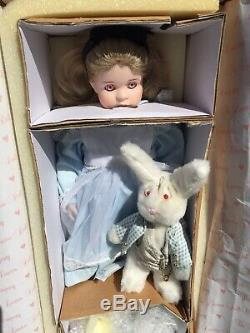 Rare Vintage Wendy Lawton Doll Alice In Wonderland NEW IN BOX Pink Eyes