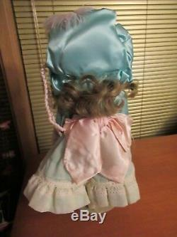 The Walker doll Co doll, Fine Porcelain Vintage, artist Vickie Walker #86/350