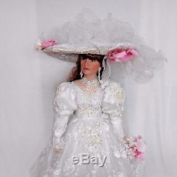 VINTAGE 42 Porcelain DOLL Melinda BRIDE 55/400 COA by RUSTIE In ORIGINAL BOX