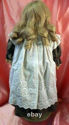 VTG 1992 Artist Crafted SCS/MW Reproduction Porcelain Doll Marion Conro