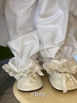 Vintage 1998 Signed LINDA RICK All 24 Porcelain DOLL Teddy Bear Dress