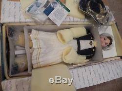 Vintage 32 MasterPiece Doll Gallery Limited Edition Alyson Flora Lee NEW RARE