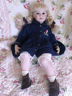 Vintage Beautiful Large 72cm/28 Sitting Porcelain Ceramic Life Like Play Doll