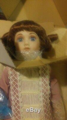 Vintage Franklin Heirloom Porcelain Victorian Doll Original Clothes New