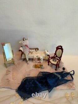Vintage German Porcelain Flapper Half Doll with Legs, 1920s Flapper Boudoir Doll
