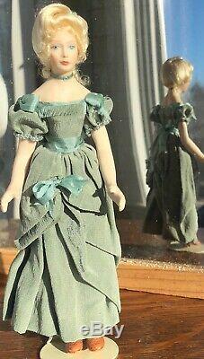 Vintage Miniature Doll Porcelain Lady Dollhouse 112