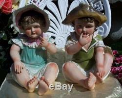 Vintage Pair Of Hand Painted Porcelain 12 Piano Baby Figurines-boy & Girl