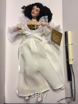 Vintage Phantom Of The Opera Franklin Heirloom Porcelain Dolls Nib