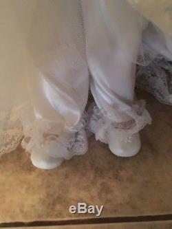 Vintage RUSTIE Bridal Doll 1999 149 of 2000 Wedding Dress Rare BRIDE 34 Limited
