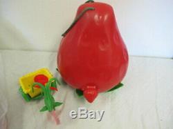 Vintage Strawberry Shortcake Lot Garden House Dolls Pets Combs Accessories