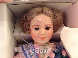 1986 Edna Hibel Noblesse De Poupée D'enfance Blonde Porcelaine Maritza 23