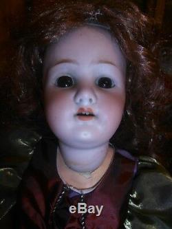 23 Antique Heubach Koppelsdorf Allemagne Bisque / Porcelaine Head Doll