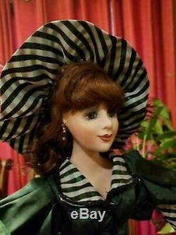 4 Vintage Porcelaine Poupées 2 Brides, Southern Bell, Musical My Darlin' LIL 22