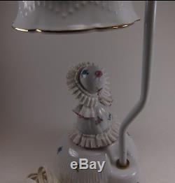 Années 1950 Blanc Porcelaine De Lampe Principale Vintage Doll Light
