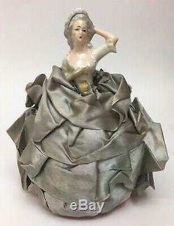 Antique Années 1920 La Moitié Porcelaine Poupée Bras Bleu Ruban De Retour Loin Coussin Pin, 6