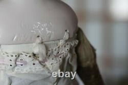Antique Porcelaine Kling China Head Doll, 21 Black Hair Cloth Body #189