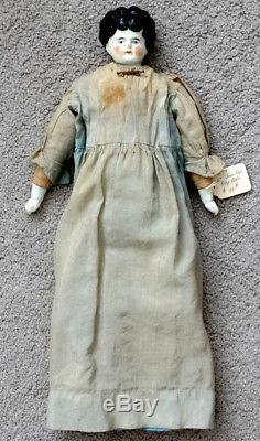 Antiquité Vintage Victorian Porcelain Beauty Chine Doll & Clothes / CIVIL War Era