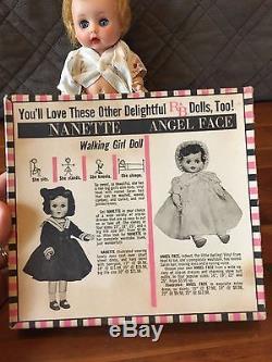 Articles De Collection! Poupée Mouillée Et Vêtements De Boisson Aux Pois Sucrés Vintage Arranbee R & B