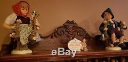 Beaucoup De Vintages Figurines Goebel Hummel Et Dolls Porcelain Avec Corps Doux, Etc.