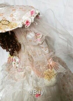 Belle Rustie Victorienne Vintage 003/150 36 Porcelain Doll Avec Support