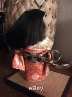 Bisque Gumps Kimono En Brocart Rouge Hakata 9poupée Geisha Japonaise Vintage En Porcelaine