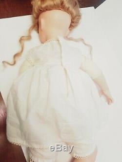Chaise Vintage Poupée Shay Assis Pose Porcelaine Artiste Rubert 1992 No Dress