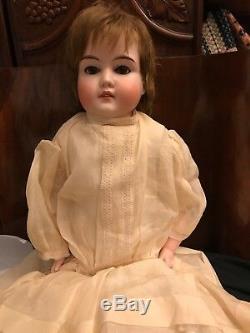 Corps De Poupée En Cuir De Porcelaine Pour Enfant En Porcelaine Majestueuse Et Millésimé, Allemagne