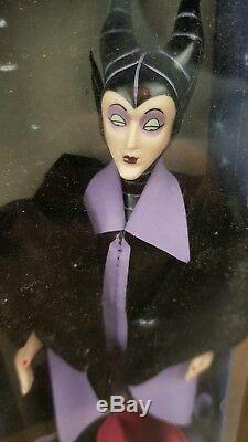 Disney Porcelaine China Doll Vintage Collection Détaillée Sleeping Beauty Set Rare
