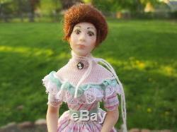 Dollhouse Miniatures Belle Femme Poupée En Porcelaine De Vintage Miniatures