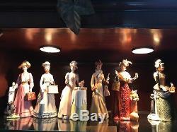 Ensemble De Poupées Vintage Avon Mme Albee Presidents Club En Porcelaine