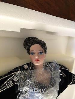 Erte Stardust Barbie Vintage 2e De La Poupée De Série Limitée En Édition Limitée