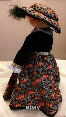Goebel Musical Cat Tales Porcelain Doll Jasmine 1997 330/500 Aveccoa
